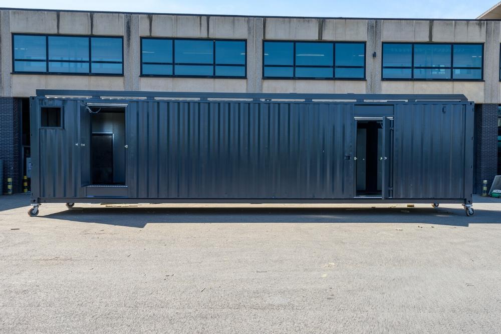 Vanvlietlasbedrijf-geluidsdichte-container